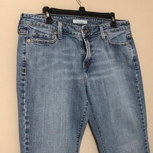 Levi woman size 12 bootcut jeans